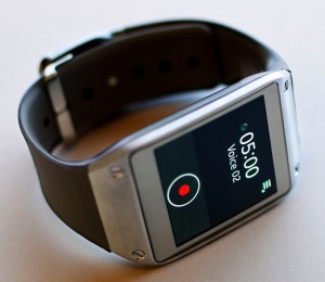 Galaxy Smartwatch. Photo: Josh Valcarcel/WIRED